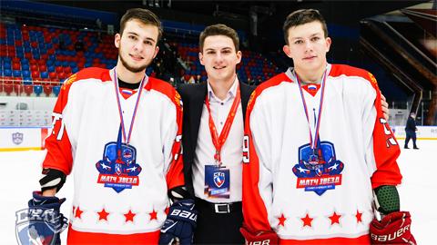 Сергей Миронов слева.