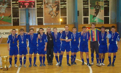 На фото сборная команда СФУ по мини-футболу